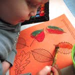 kid craft: watercolor leaf garland