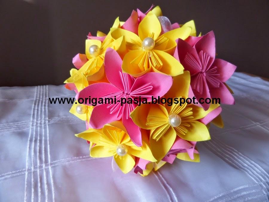 Origami kusudama bukiet.