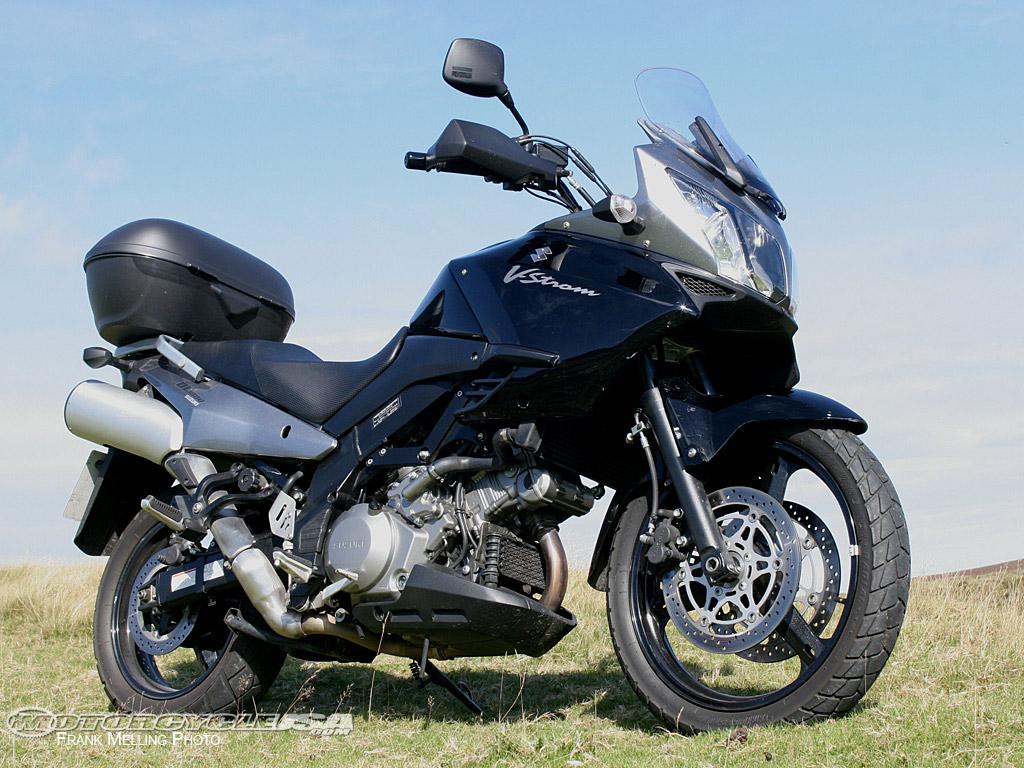 http://2.bp.blogspot.com/-4qfDVyhTGPs/TrDMO_Kj74I/AAAAAAAADko/UeWSXrfcMfQ/s1600/Suzuki-V-Strom-1000.jpg