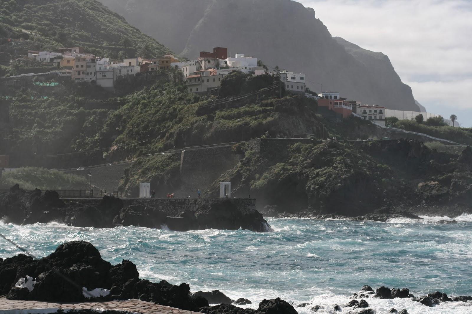 Table with a view at El Caleton, Garachico, Tenerife - Vistas ...