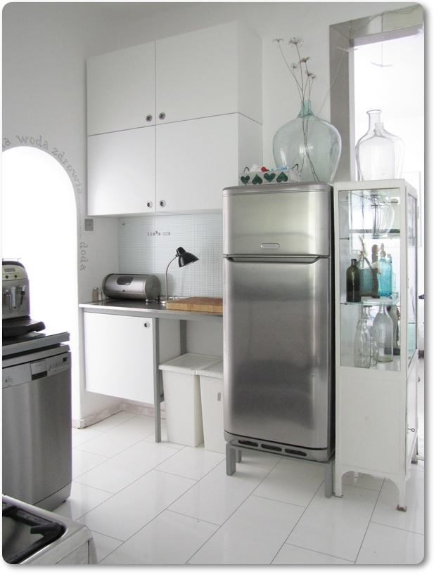 SentiMenti's world kąt za lodówką czyli szafek w kuchni