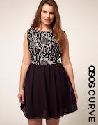 Modelo de vestido preto com top de renda (vestido preto)
