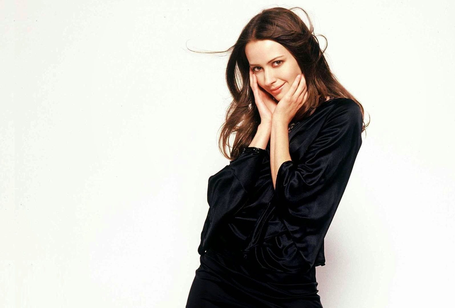 star celebrity wallpapers: amy acker hd wallpapers