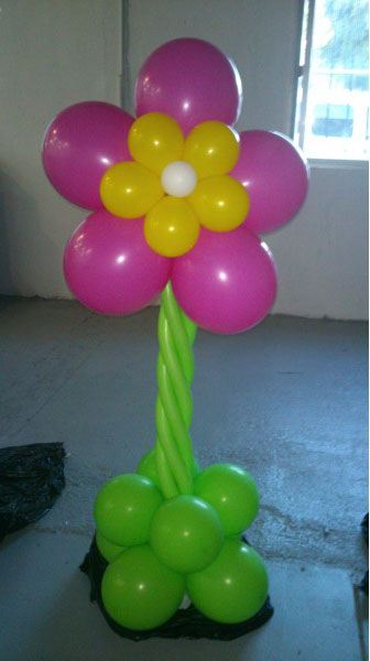 Como hacer base columna flor globos for Como hacer decoracion con globos