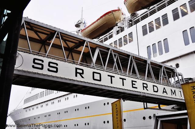 Gangway SS Rotterdam
