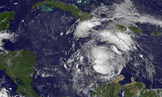 Tropischer Sturm ERNESTO aktuell: Sturmwarnung Jamaica und Honduras, Sturmwarnung, Ernesto, Jamaika, Yucatán, Belize, aktuell, Vorhersage Forecast Prognose, Satellitenbild Satellitenbilder, August, 2012, Hurrikansaison 2012, Atlantische Hurrikansaison,