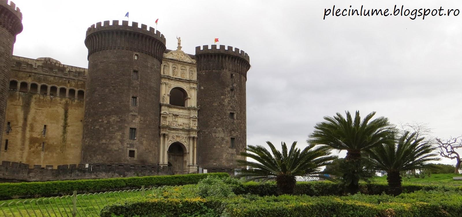 Castelul Nuovo din Napoli