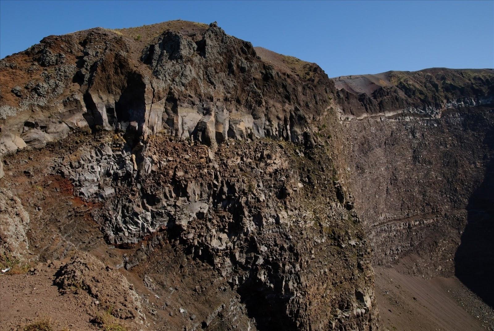 Earth's Beauty: Mount Vesuvius