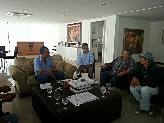 Em reunião com Omar Aziz, dirigentes de escolas de samba dizem que vão se regularizar para receber patrocínio