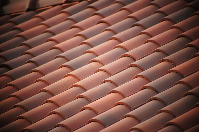 picture of tile roofing