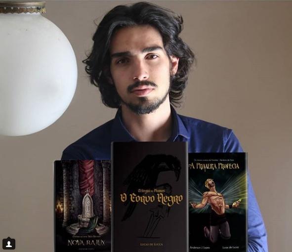Escritor: Lucas de Lucca