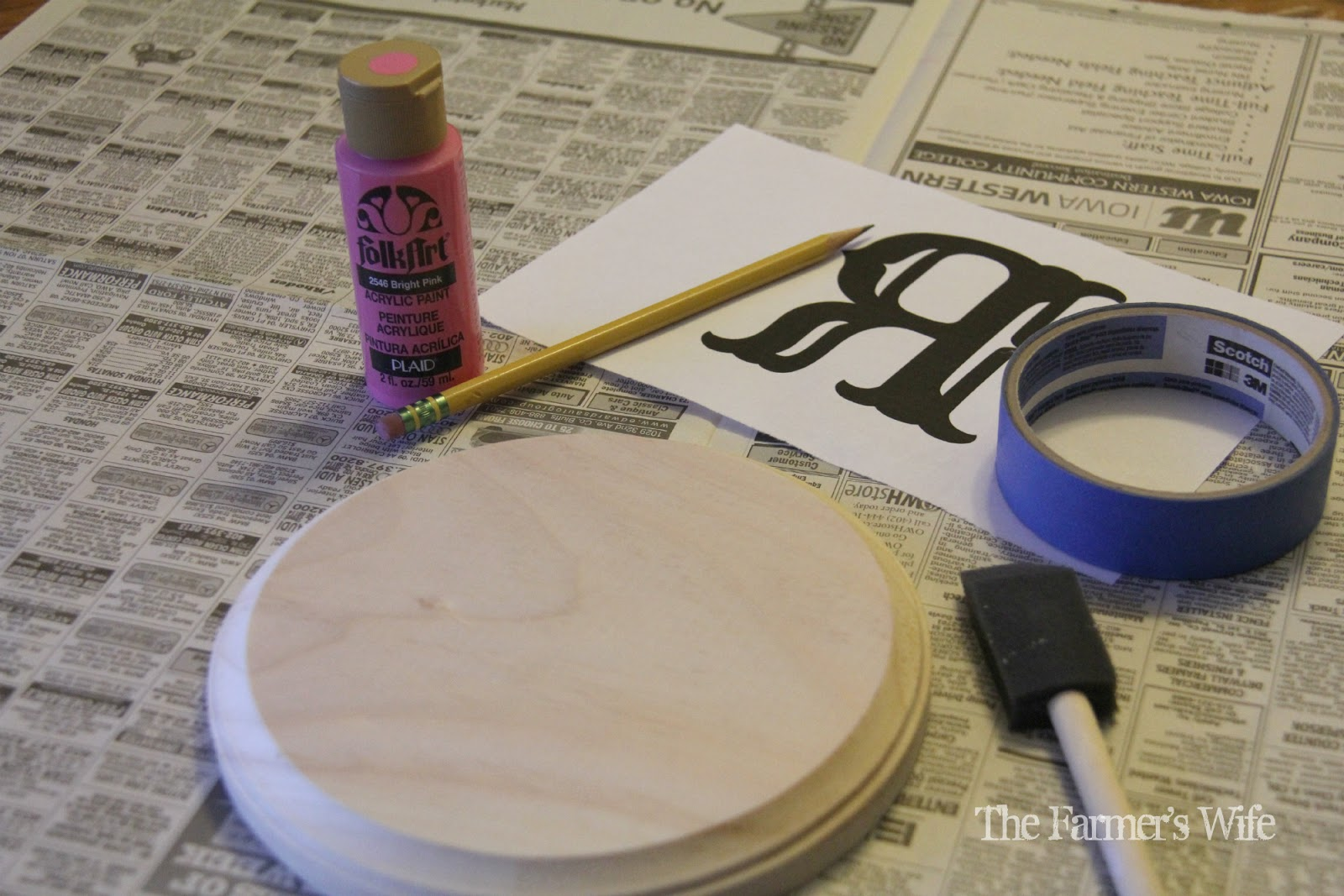 how to paint fancy letters on wood