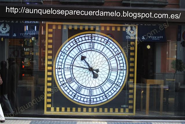 gran reloj de la sevilla del centro eterna
