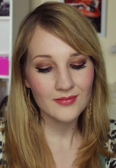 Estee Lauder Magic Smoky Powder Shadow Stick - Pink Charcoal Swatches & Review