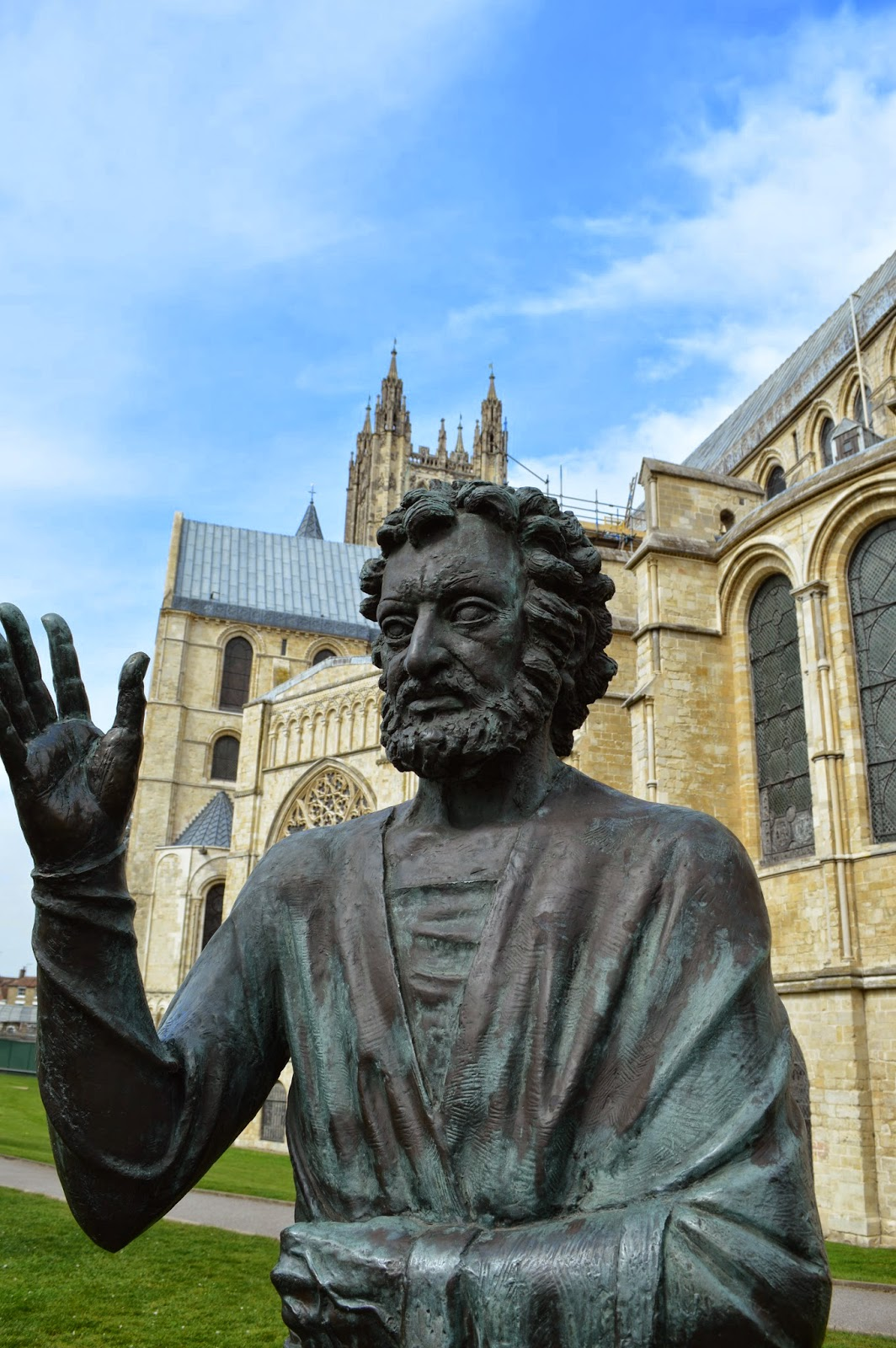 Canterbury Cathedral, Thomas Becket, martyr, Saint Augustine, worship, church, visit, Kent, day trip, religious, old, medieval, stained glass, impressive, big, history, historical, spires, decorated, photo, photograph