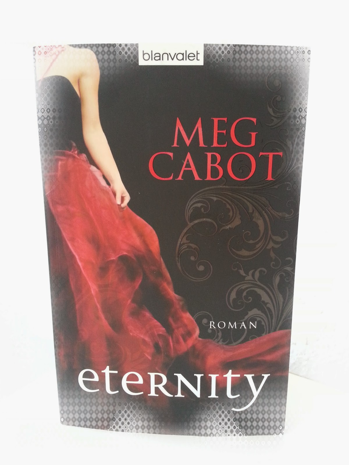 http://www.amazon.de/Eternity-Roman-Meg-Cabot/dp/3442379296/ref=sr_1_1_bnp_1_pap?s=books&ie=UTF8&qid=1399921796&sr=1-1&keywords=eternity