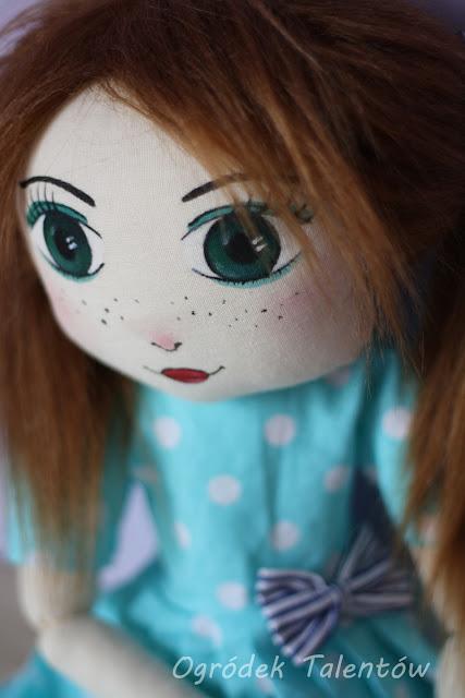 szmacianka lalka miętowa sukienka