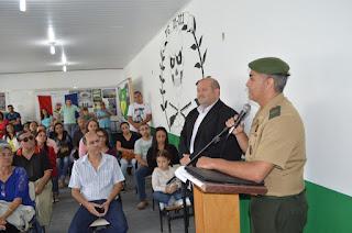 Comandados pelo subtenente Miroveu Alessandro, 35 recrutas receberam o certificado de reservista das mãos do prefeito Márcio Catão