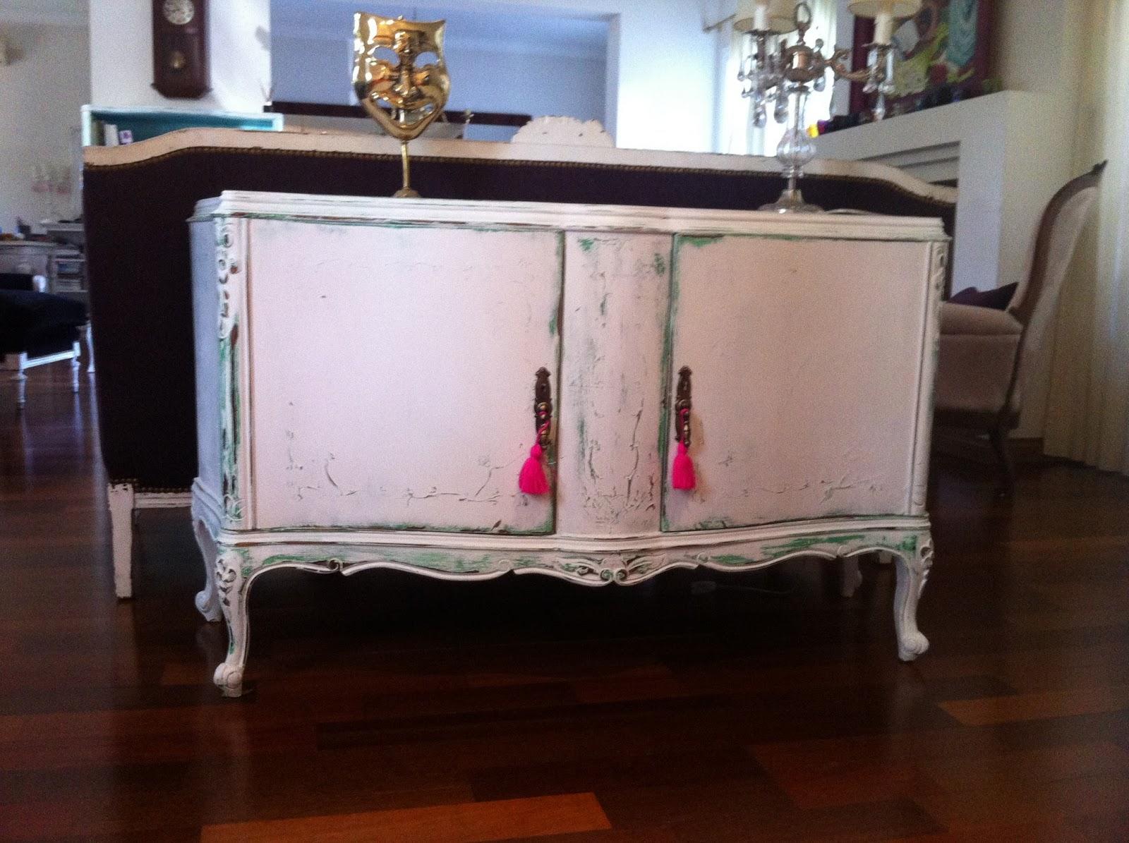 Muebles de estilo pintados a mano