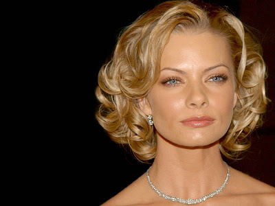 Jaime Pressly Sexy Hair Style
