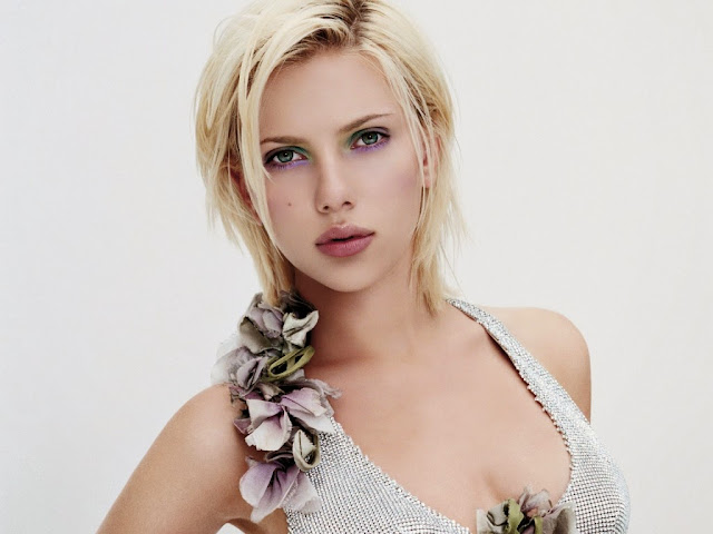 Scarlett Johansson HD Wallpapers Free Download