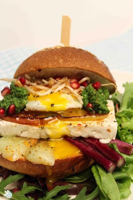 Rezept für vegetarischen Burger mit Feta
