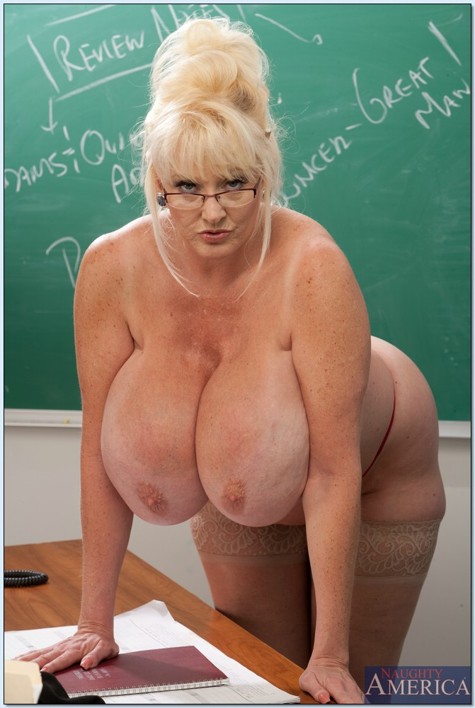 from Zion sexy girls teachers with huge boobs