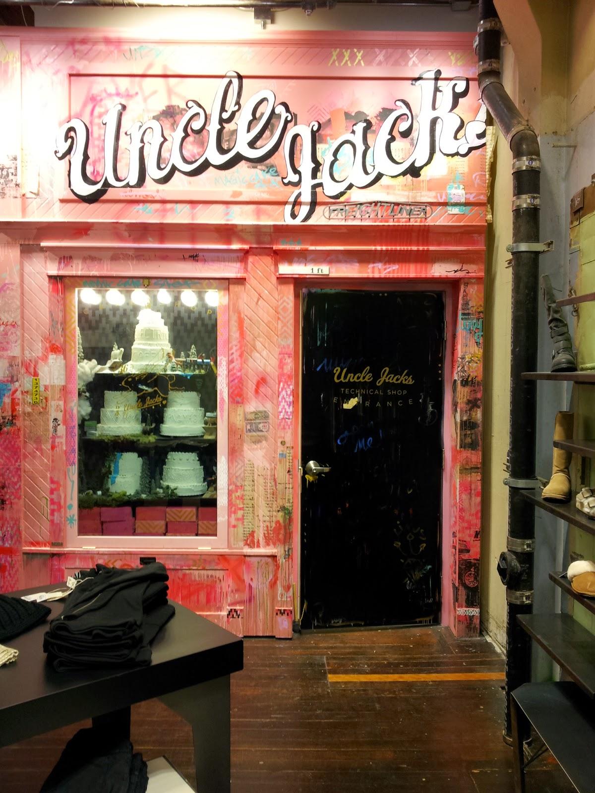 entrance to a cake shop?