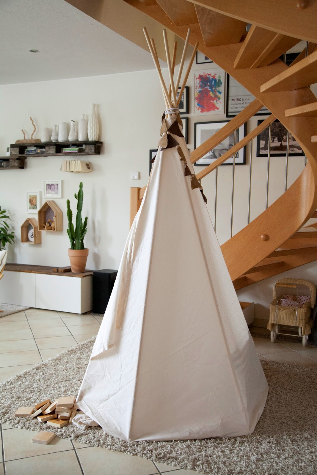 selbstgemachte tipi ohne n hen wohnprojekt wohnblog f r interior diy und lifestyle. Black Bedroom Furniture Sets. Home Design Ideas