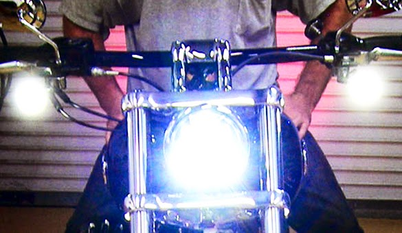 Tips Mudah Bikin Lampu Depan Motor Terang