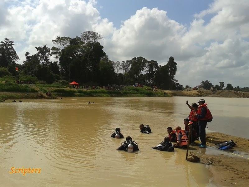 Lagi Gambar Mencari Lapan Pelajar Yang Lepas Di Sungai Buloh Kasap