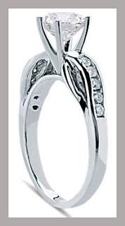 Precioso anillo de compromiso
