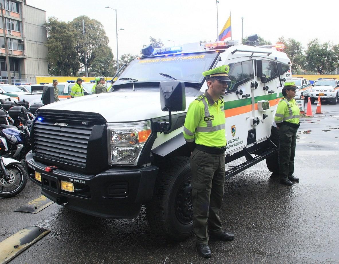 Estos son los nuevos vehículos blindados Sand Cat de la Policía de Colombia