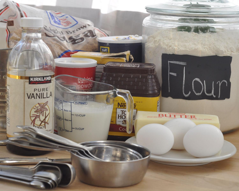 Beki Cook's Cake Blog: Rich Chocolate Cake {Recipe}
