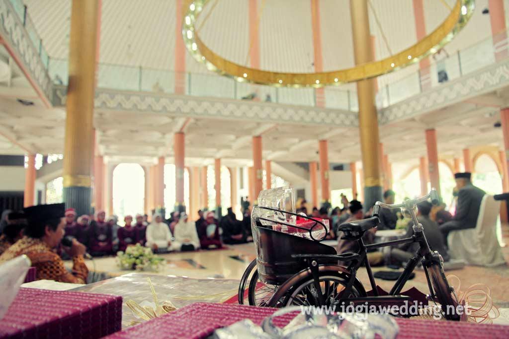Foto Wedding - Akad Nikah Ayu & Meris
