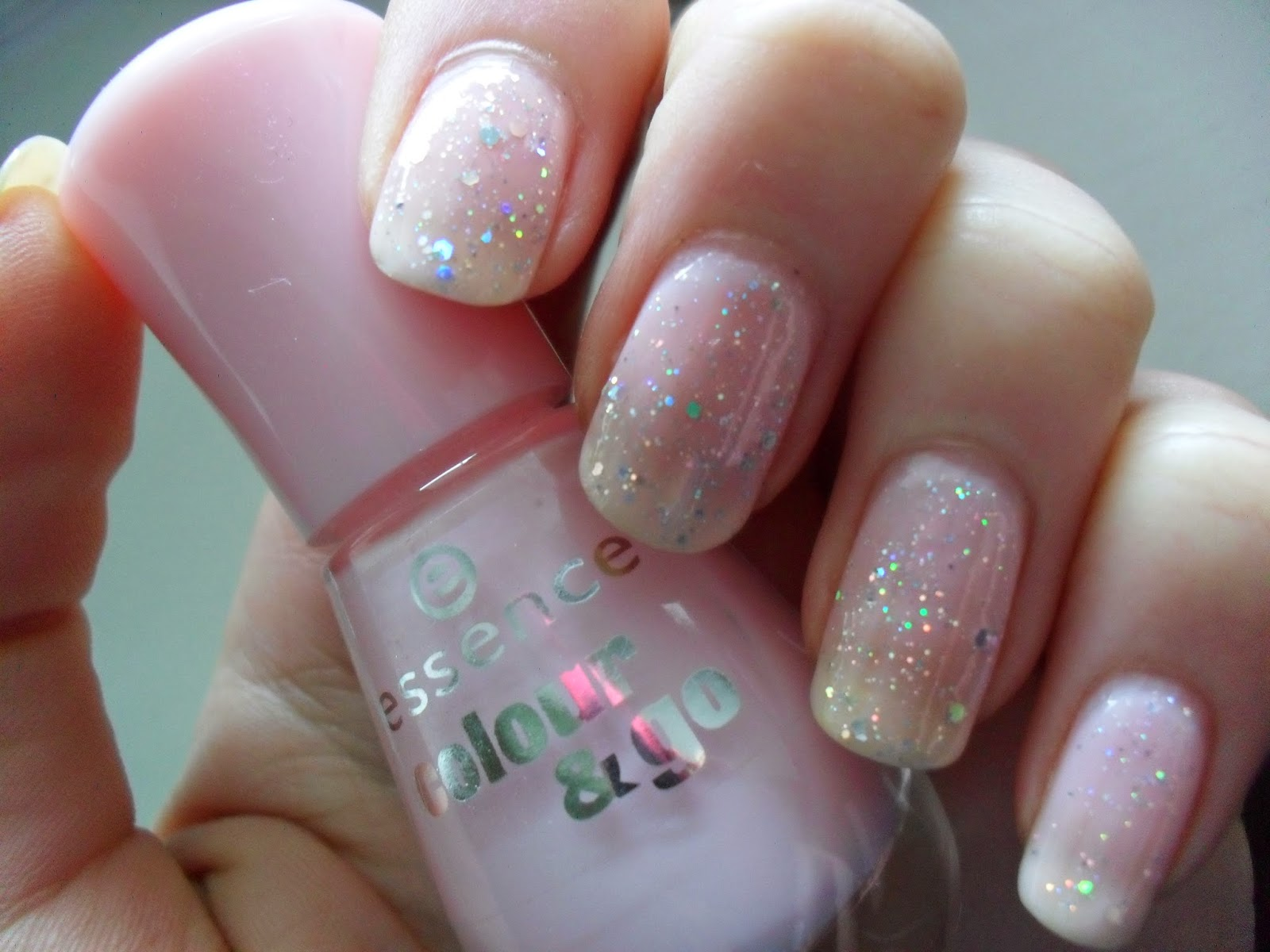 Clothes, Cosmetics and Chat: Thursday\'s Talons: Sweet as Candy Glitter