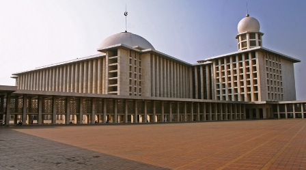 Tempat Bersejarah di Indonesia - Masjid Istiqlal