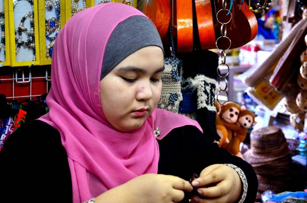 Pasar kraftangan Kota Kinabalu