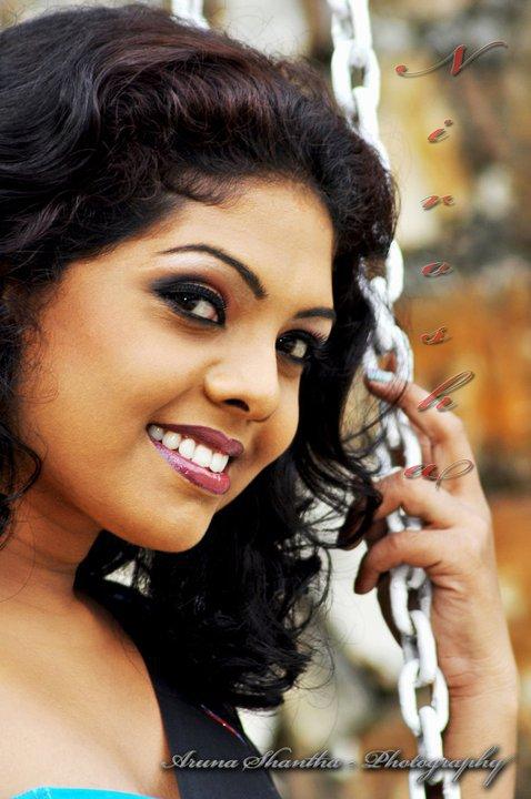 Sri lankan actress nirosha hack vedio top sekrata 3