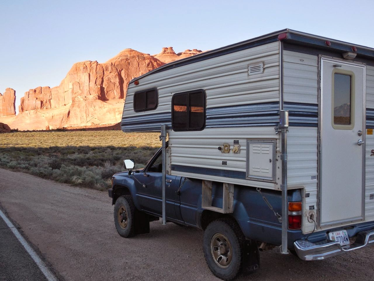 Six Pac Super Mini Camper and Toyota 4 x 4