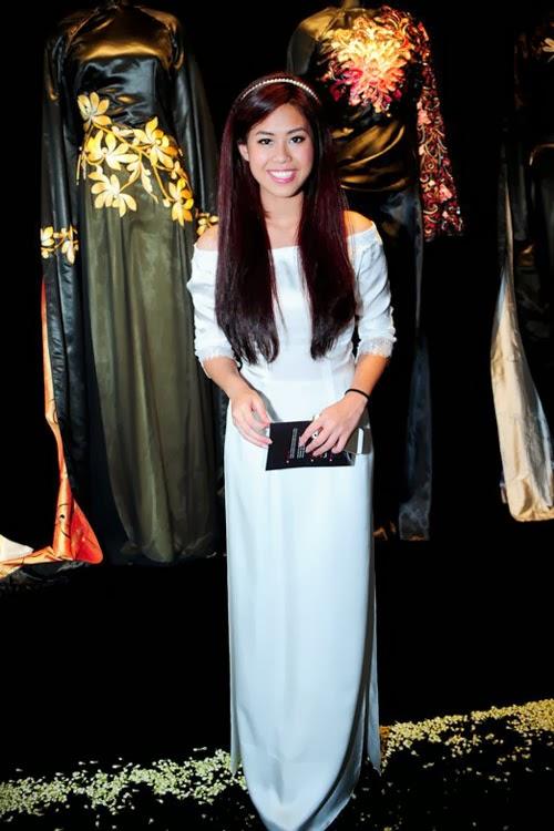 Kiều nữ Việt mặc