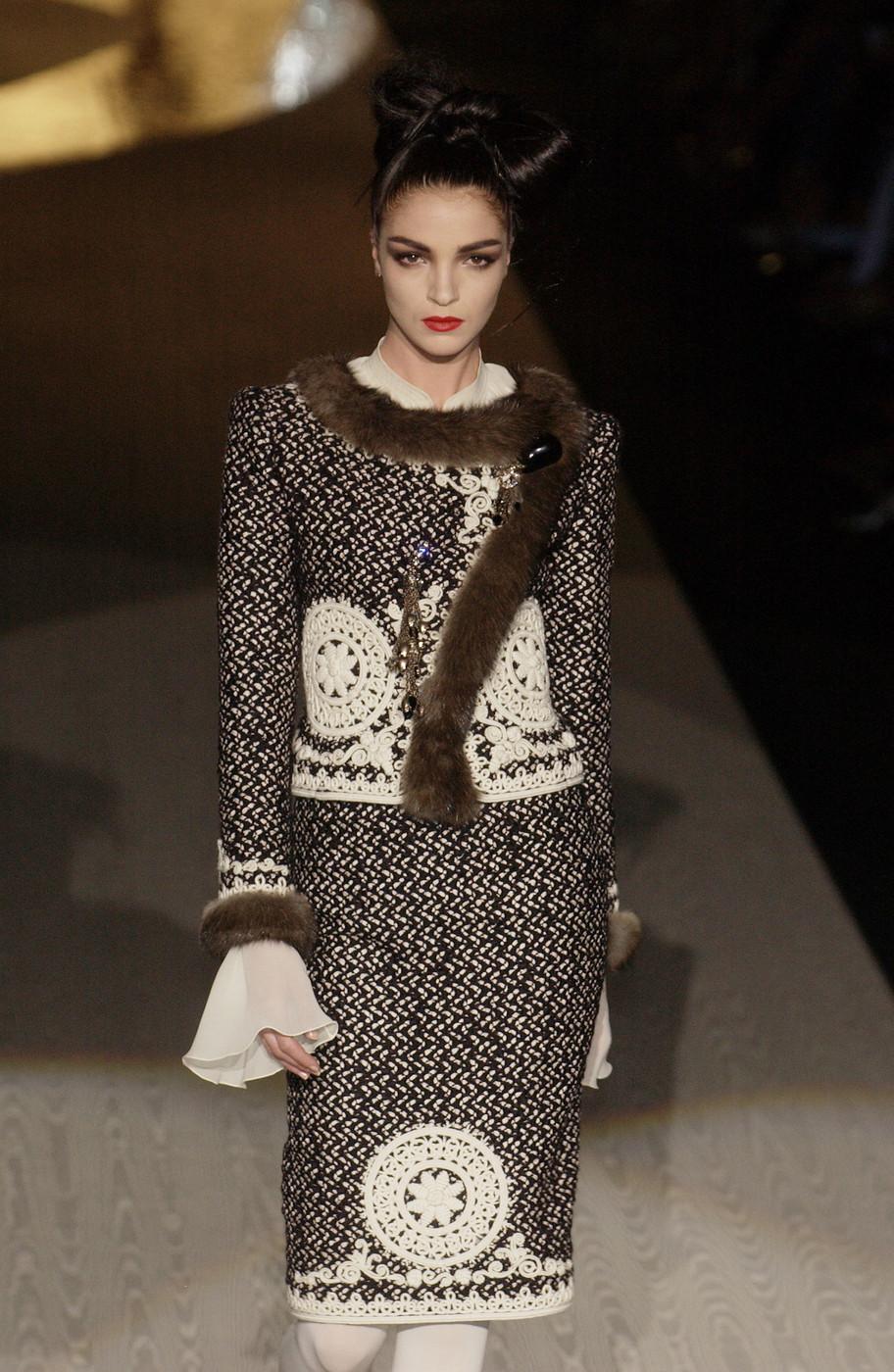 Valentino Haute Couture Fall/Winter 2005