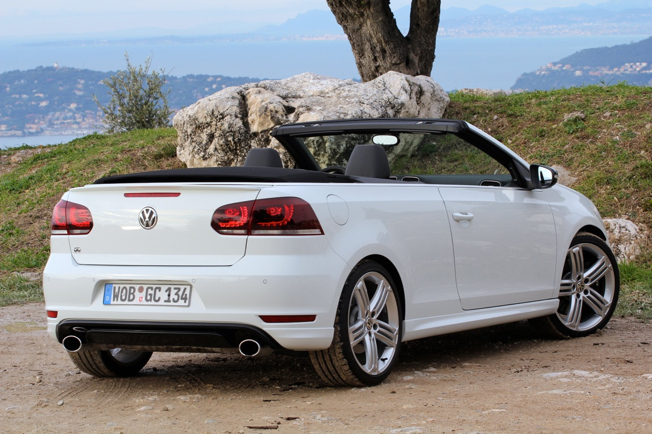 automotiveblogz 2013 volkswagen golf r cabrio photos. Black Bedroom Furniture Sets. Home Design Ideas