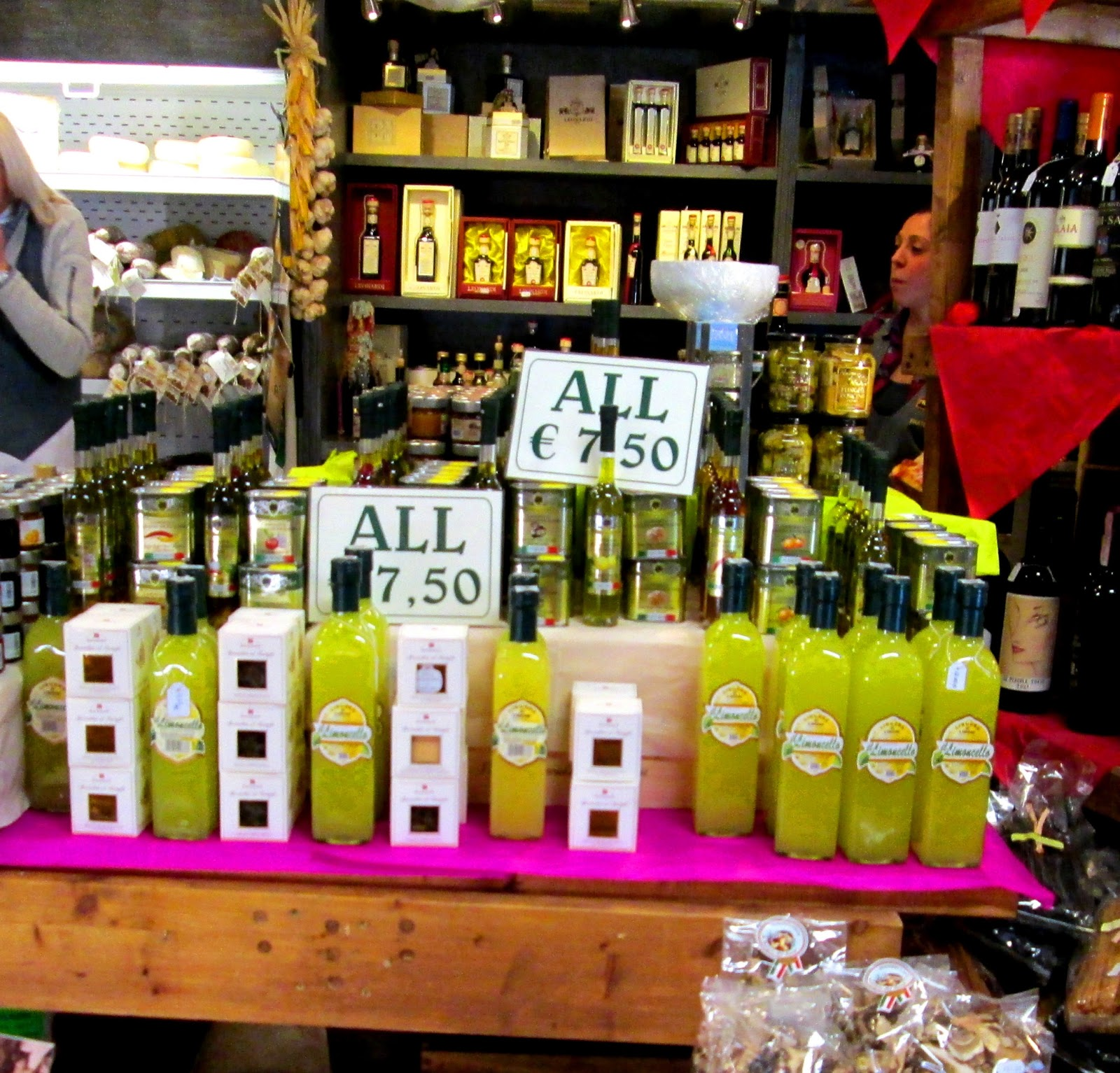 Flavours of Italy: LIMONCELLO: a beam of sunlight after your Italian meal