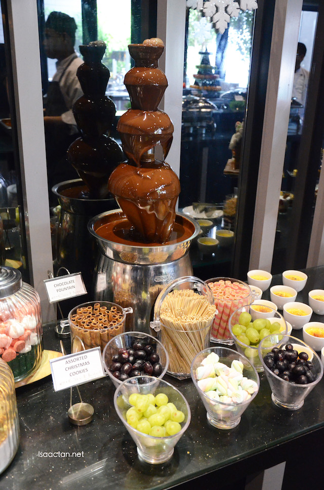 Enjoy the chocolate fountain available