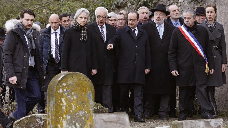 François Hollande visita cemitério judaico profanado na Alsácia