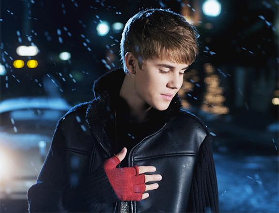 Justin Bieber Mistletoe B. ENTERTAINMENT : Dec...