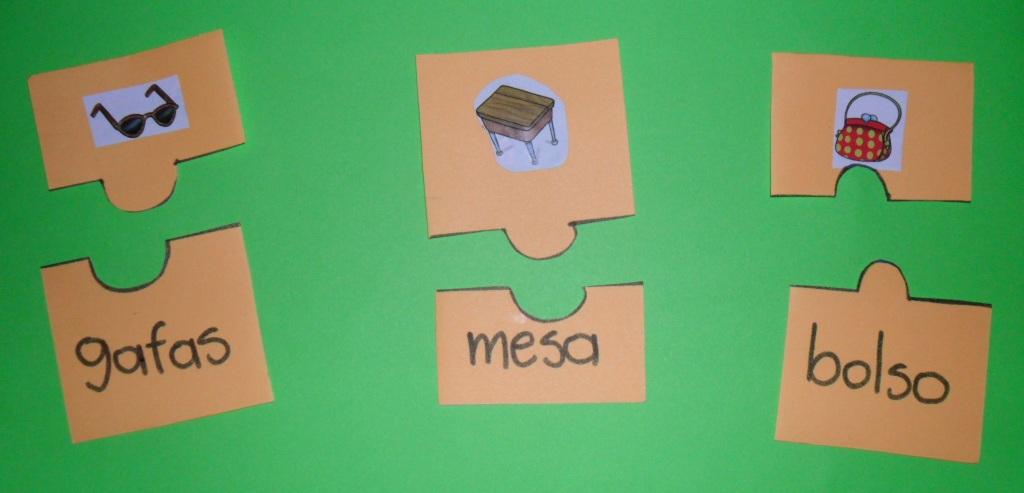 Material pedag gico hecho en casa asociar palabras con imagen for Carpetas para jardin de infantes