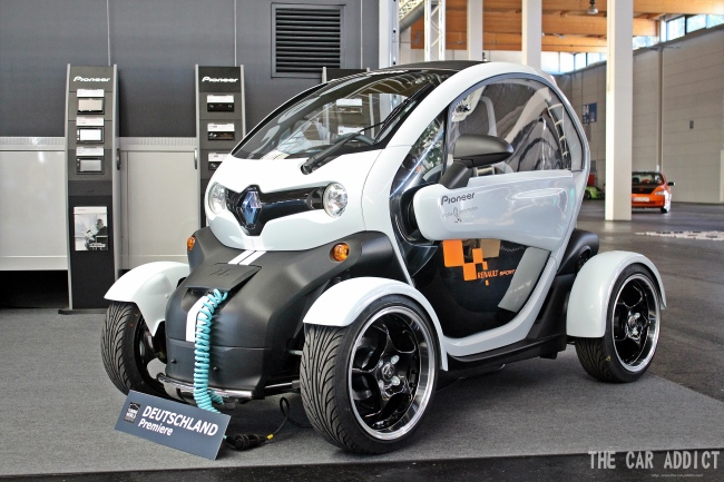 renault twizy by pioneer and elia at tuning world bodensee. Black Bedroom Furniture Sets. Home Design Ideas