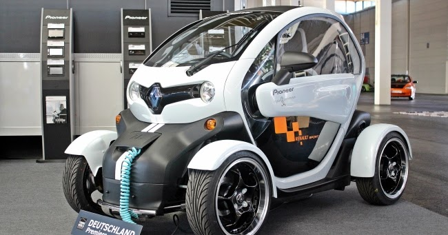 the car renault twizy by pioneer and elia at. Black Bedroom Furniture Sets. Home Design Ideas